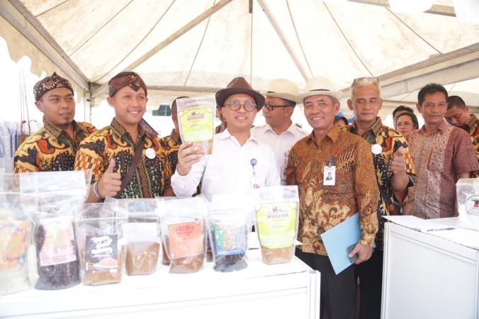 Kemendes PDTT Gandeng e-Commerce Dukung BUMDes Go Digital