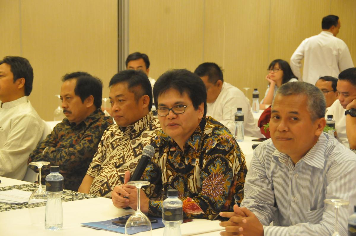 Dirjen PPI memberikan sambutan pada acara sharing session