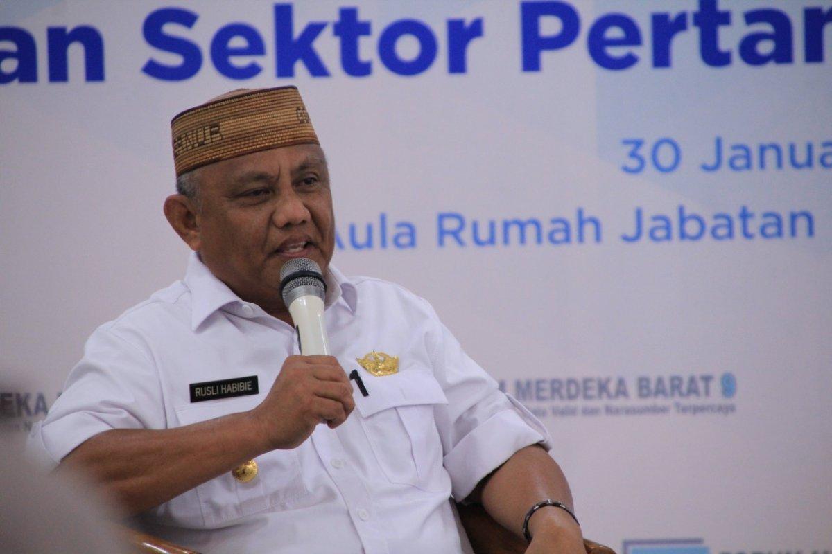 Gubernur Gorontalo dalam fmb9
