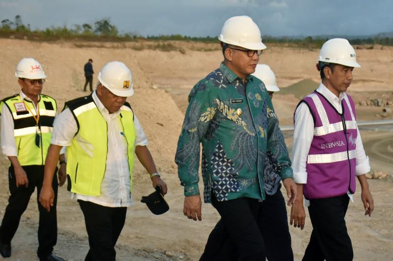 Pengecekan Lokasi Pembangunan Jalan Tol Sibanceh oleh Presiden RI