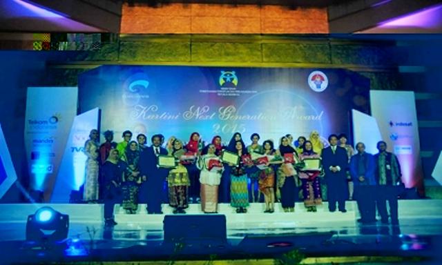 Menkominfo Anugerahkan Penghargaan Kartini Next Generation 2015