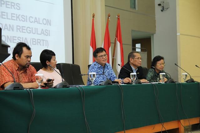 Menkominfo Tetapkan 6 Calon Anggota KRT-BRTI Periode 2015-2018