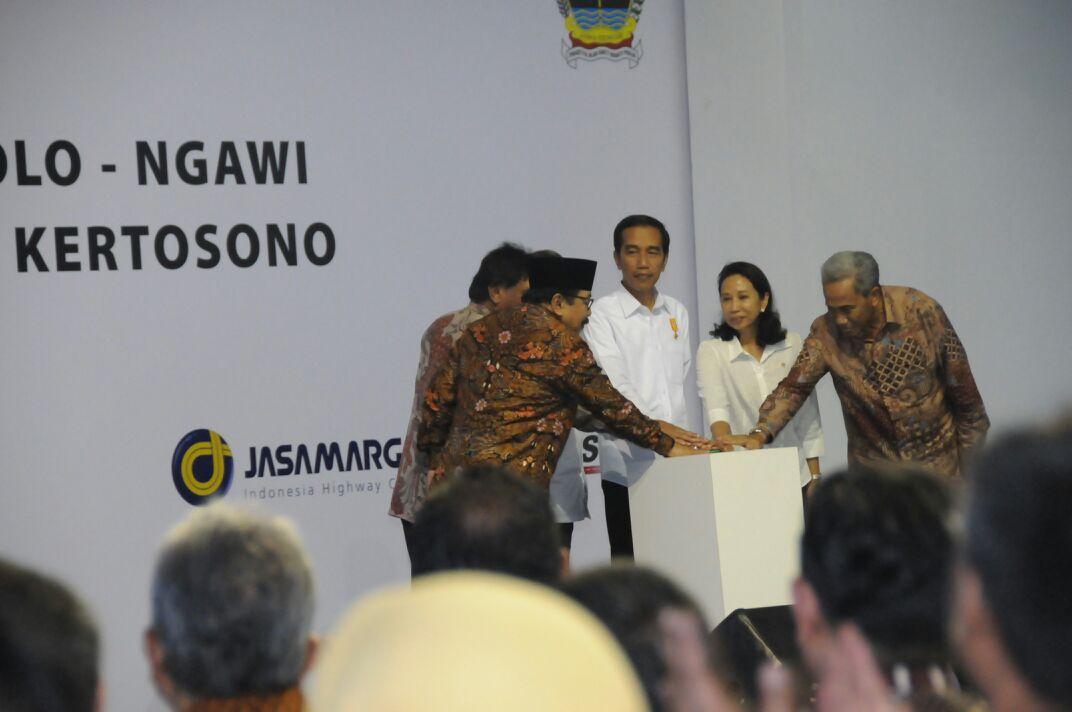 Pembangunan Tol Trans Sumatera Dan Trans Jawa, Presiden: Kalau Tidak Capai Target Ya Diganti