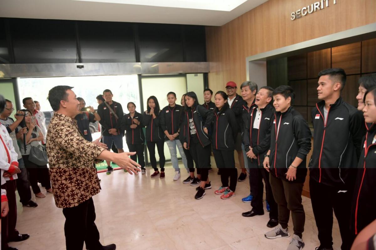 Sambut Juara Bulutangkis Beregu Asia 2018, Menpora Beri Bonus Tim Indonesia (3)