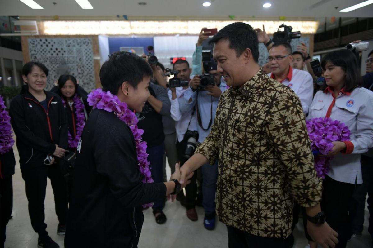 Sambut Juara Bulutangkis Beregu Asia 2018, Menpora Beri Bonus Tim Indonesia (2)