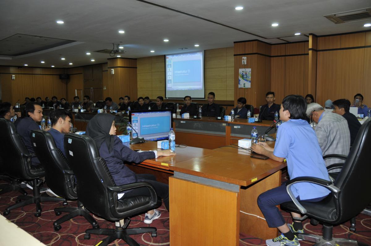 Sesi Diskusi dan Tanya Jawab Kunjungan Mahasiswa Untama Bandung